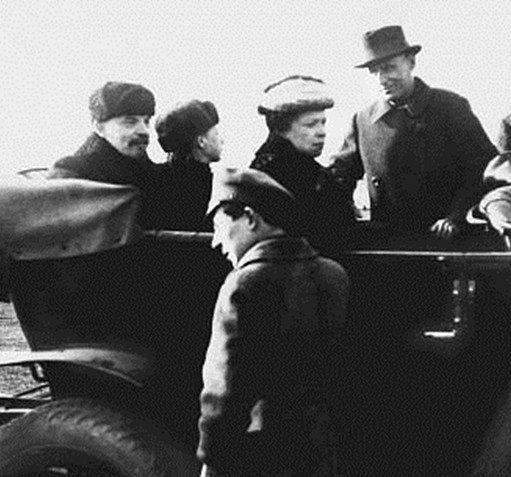 Как Яшка Кошельков Ленина грабил