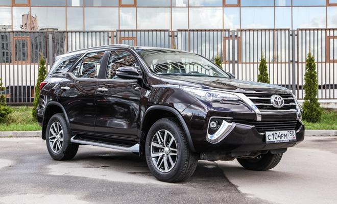 Тест-драйв: Toyota Fortuner