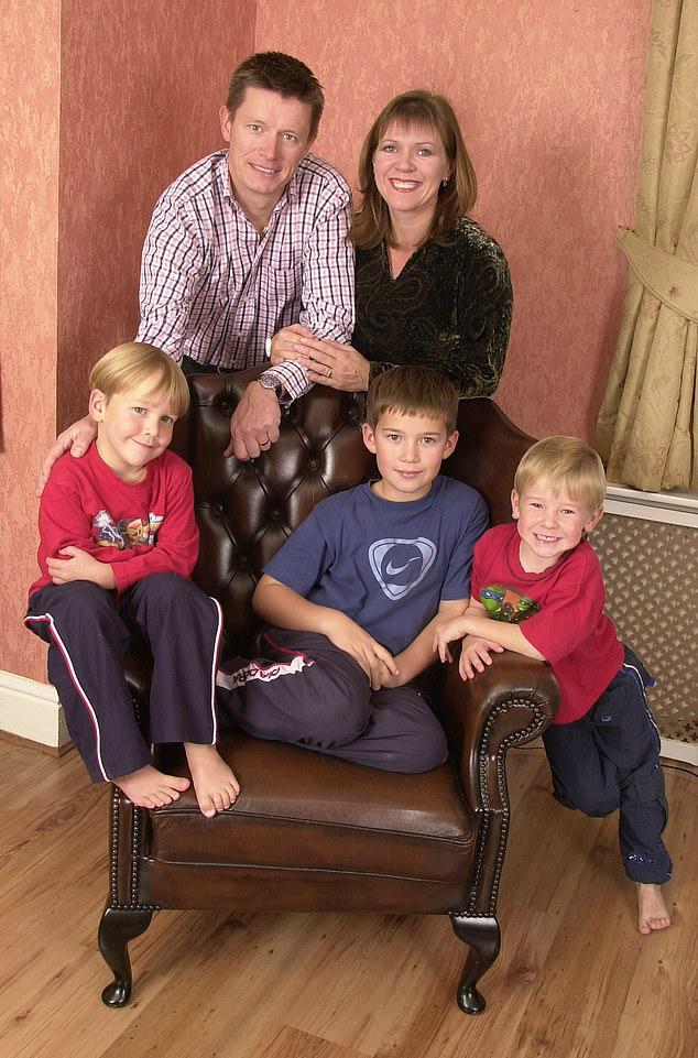 20 лет миллионер жил с женой и детьми, считая семью идеальной. Все изменилось после теста на отцовство Культура