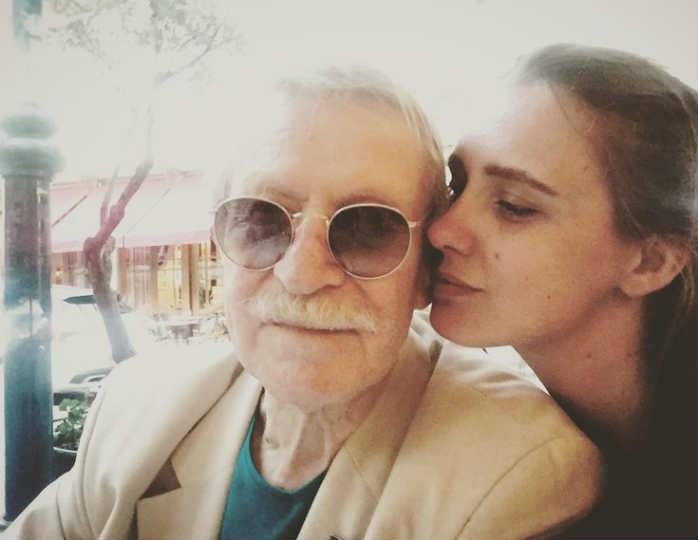 Иван Краско с молодой женой …