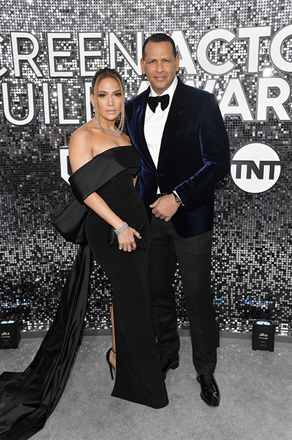 Инсайдер: Дженнифер Лопес и Алекс Родригес делают все возможное, чтобы сохранить свои отношения Звездные пары