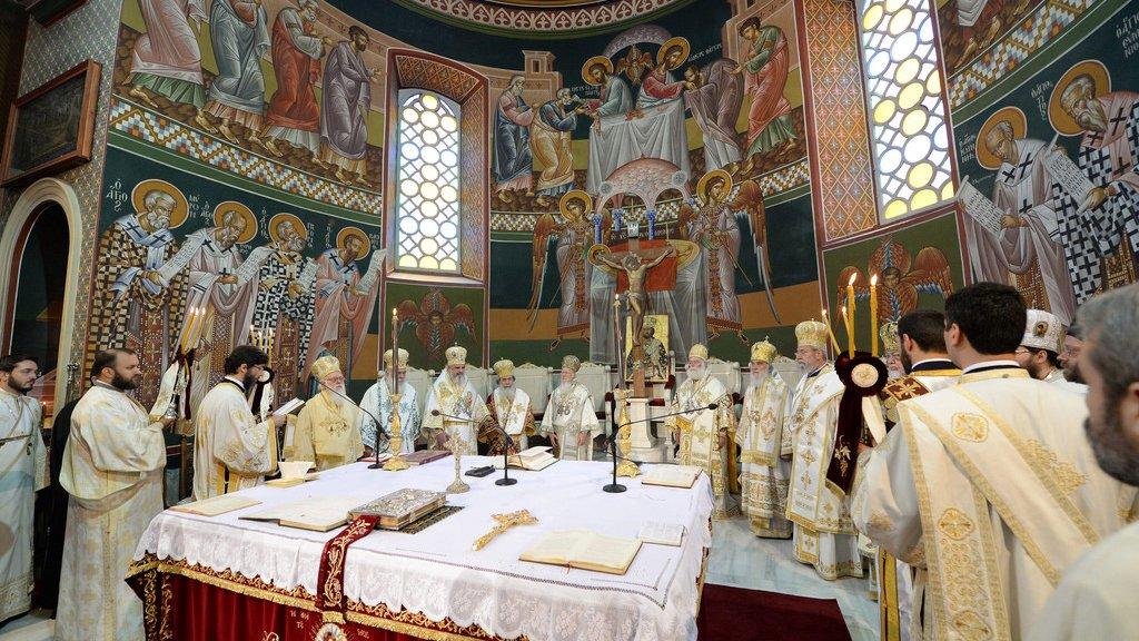 На Украине архиепископ сравнил «объединительный собор» с сатанинским сборищем