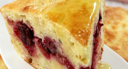 Рецепт пирога манник на кефире.