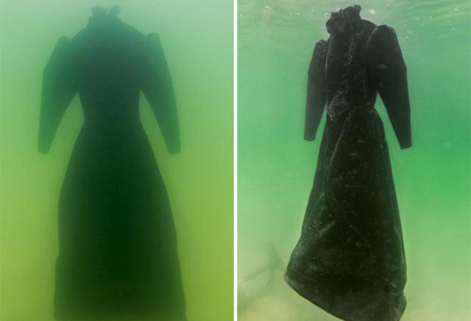 Одежду опустили на 2 года в воду Мертвого моря и стали наблюдать