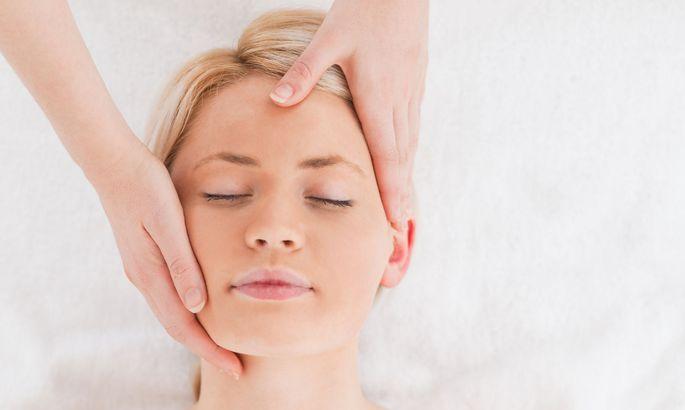 Самомассаж: как подтянуть овал лица