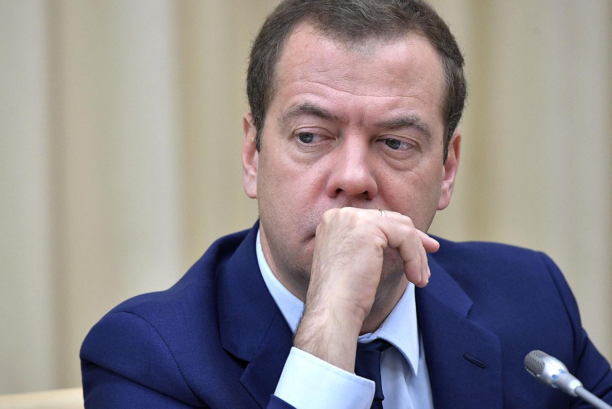 Медведев озвучил тревожный прогноз для настроенного против России Минска Белоруссия,Медведев,Политика,Россия,Россия