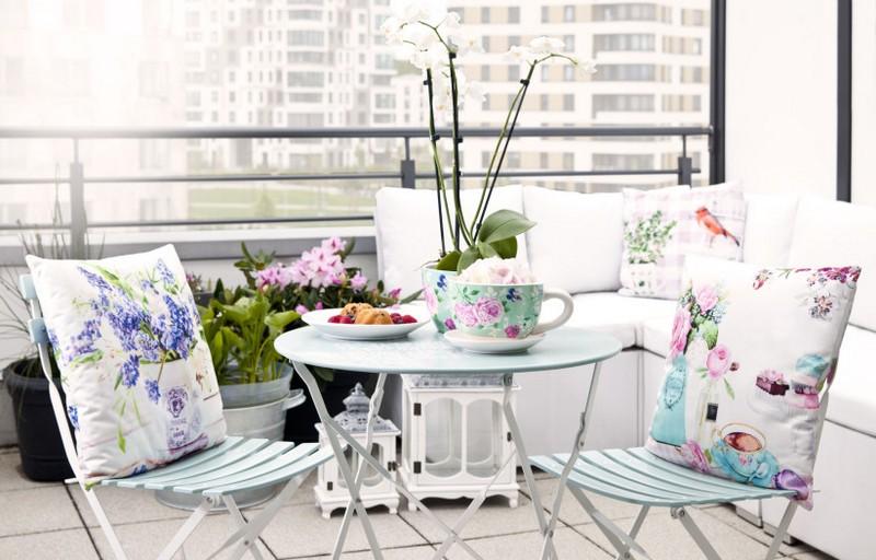 Столик на балкон: оригинальные модели для нескучного дизайна