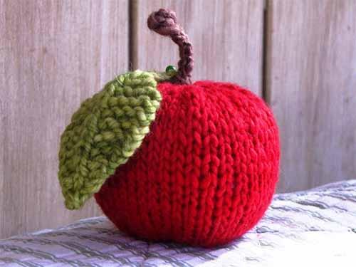 Как связать яблоко спицами