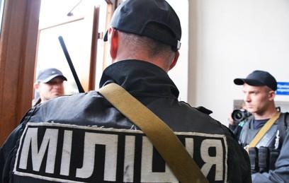 Аваков просит у Порошенко денег на зарплату полицейским