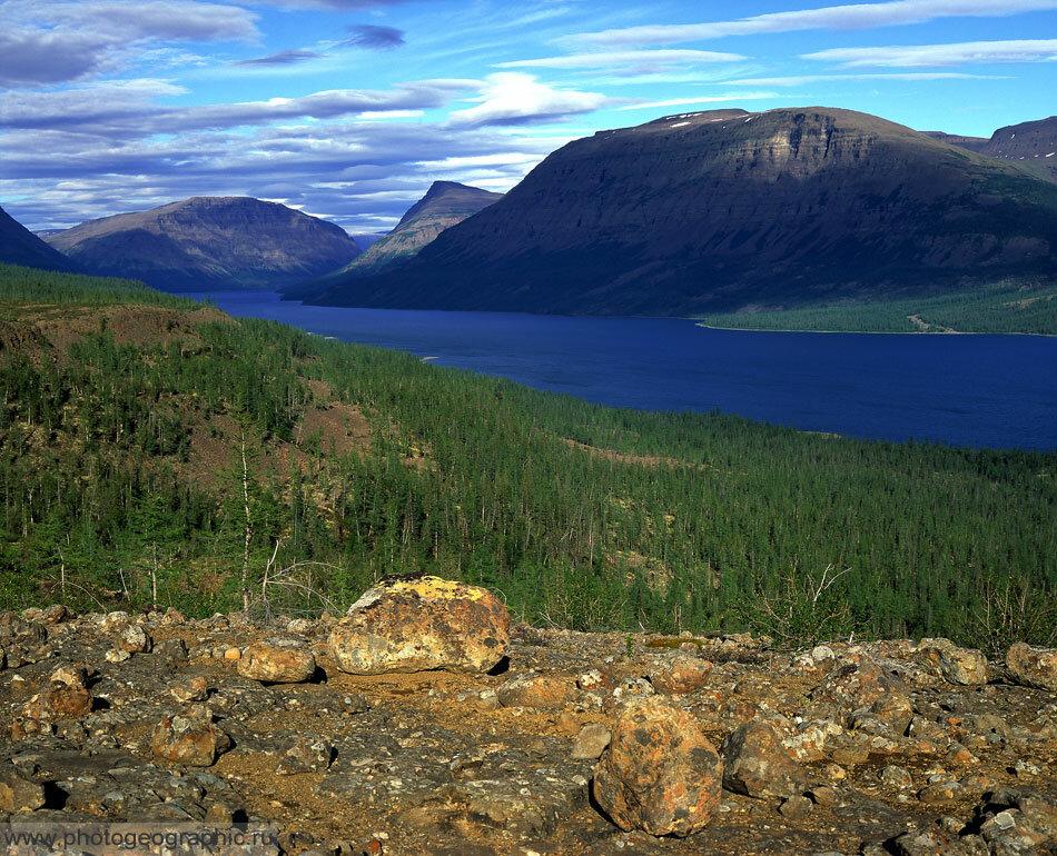 4. Здесь смотрим на северо-восточную часть озера.