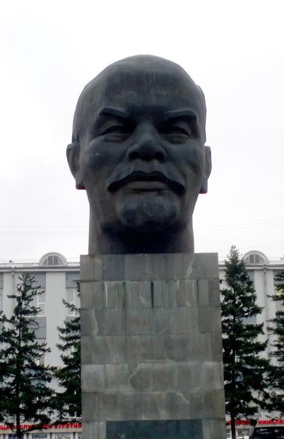 Ленин везде разный. германия, россия, студентка, транссиб