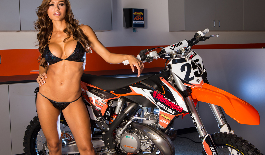 Ана Шери: фитнес-модель с идеальным телом