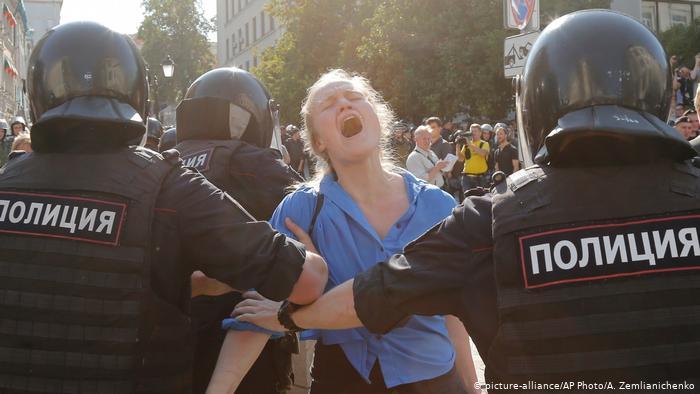 Эксперты прогнозируют жестокое подавление протестов в России в 2020 году власть,общество,протесты,россияне