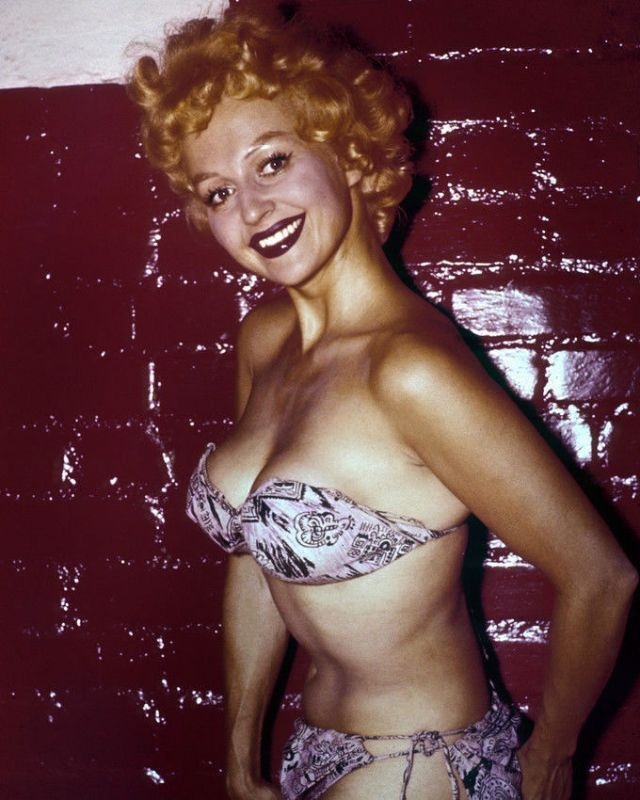 Greta Thyssen in the 1950s and 1960s (17).jpg