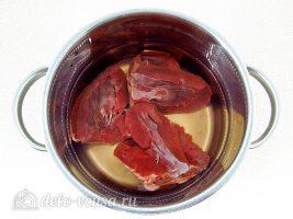 Салат из сердца с огурцами: Вымочить печень