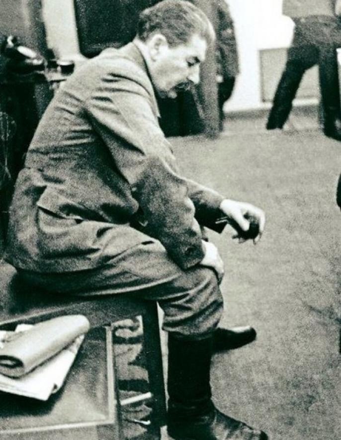 Сталин в первые дни войны