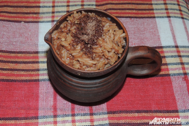 Шоколадная рисовая каша заменит десерт на любом столе.