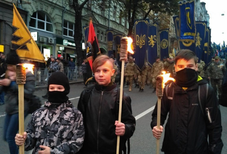 ВОЛГА: СИСТЕМА ОБРАЗОВАНИЯ НА УКРАИНЕ УЧИТ ДЕТЕЙ НЕНАВИДЕТЬ РУССКИХ украина