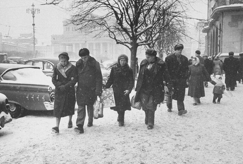 Фотографии зимней Москвы разных лет