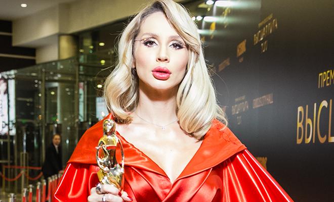 Светлана Лобода подтвердила беременность на премии BraVo