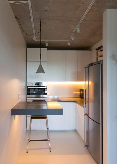 Современный Кухня by Архитектурная студия Ruetemple