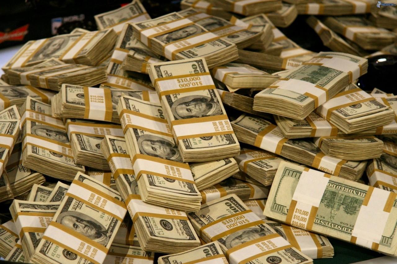 Богатенькие знаменитости с самыми увесистыми банковскими счетами