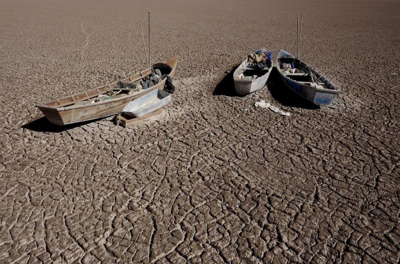 Соленое озеро Поопо