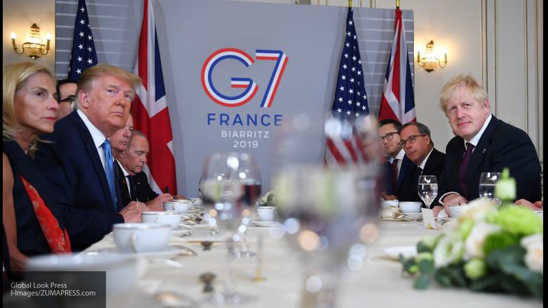 """Эксперт объяснил """"игрой США"""" заявления о стремлении G7 укрепить диалог с Россией"""