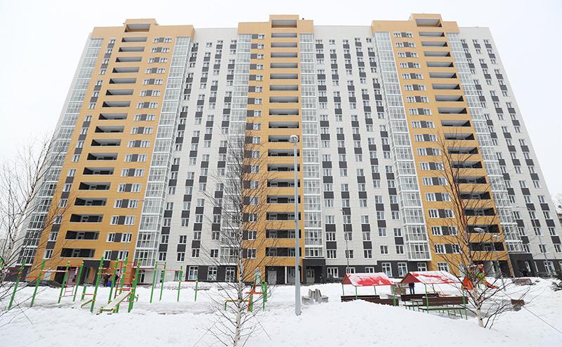 """Московская реновация: Вместо дорогой """"сталинки"""" - дешевый новодел"""