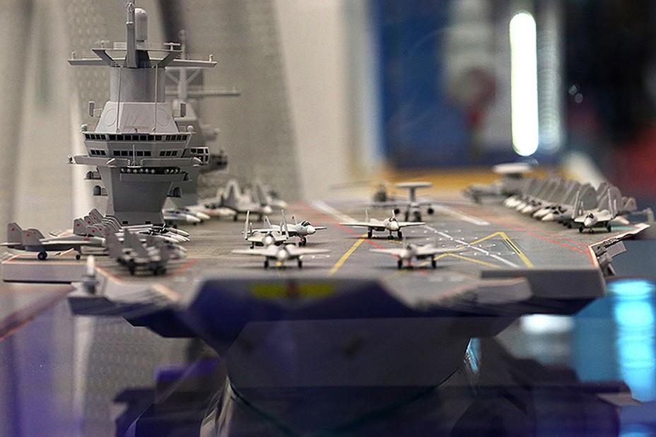 Для ВМФ России построят новый авианосец