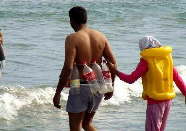Сделать спасательный пояс - это проще, чем научиться плавать Вот это ДА, забавно, находки, неожиданности, пляжи, смешно, странные вещи, удивительное рядом