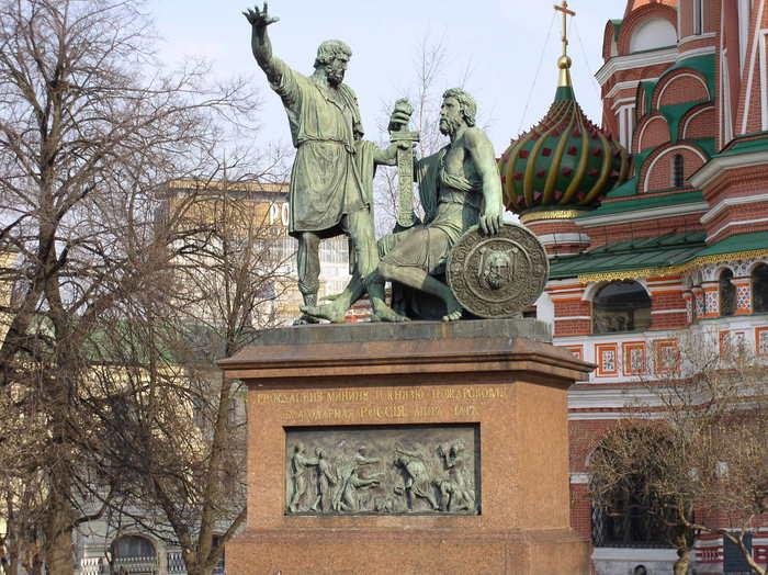 10 самых известных монументов