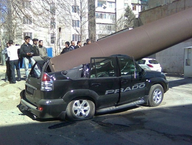Странные аварии авария, авто, дтп, прикол, юмор