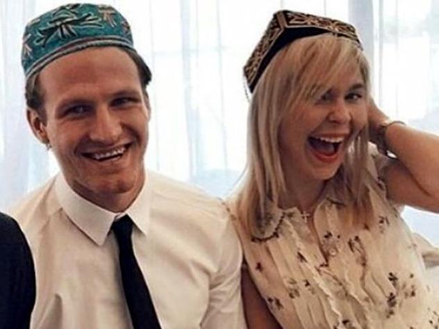 Пелагея вышла замуж за хоккеиста Телегина