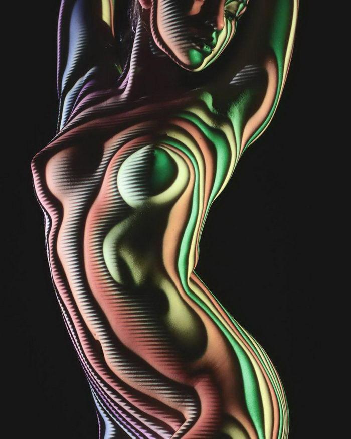 Женское тело и свет:  Очень красивые работы без грамма Фотошопа.