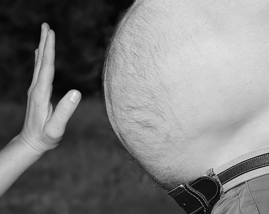 «Ожирение — это болезнь»: врач-диетолог рассказал о том, как побороть лишний вес