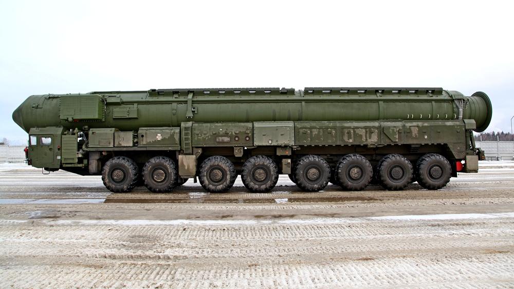 Военные эксперты: Россия примет атомный вызов США
