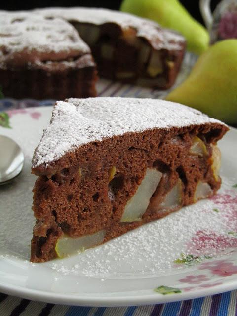 Шоколадная шарлотка с грушей и корицей от Юлии Высоцкой сладкая выпечка