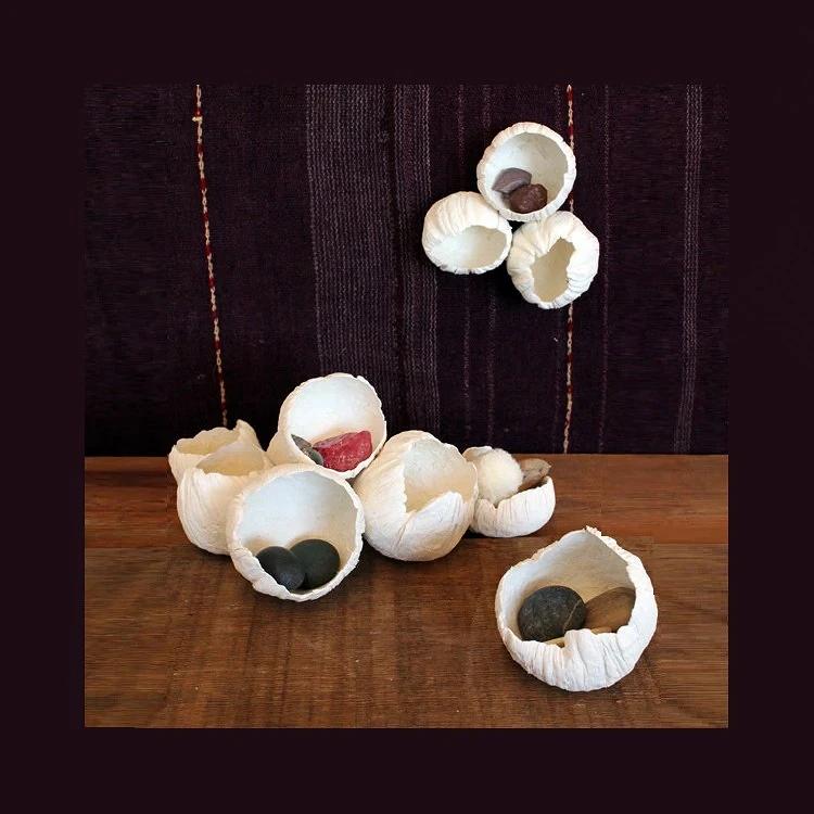 Как сделать декоративные цветы-ракушки из бумажной глины: мастер класс