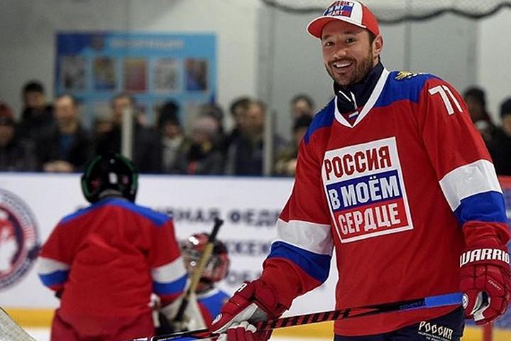 Ковальчук продал олимпийскую машину за 7 миллионов рублей