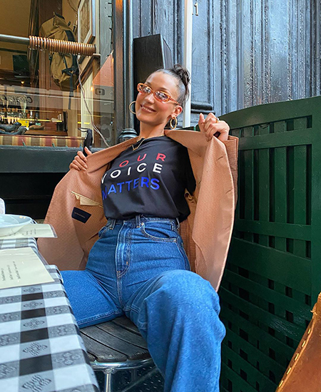 Белла Хадид опубликовала шутливое фото с беременной сестрой Джиджи Белла, Джиджи, стала, снимок, объяснила, поклонники, Однако, просто, модель, мамой, часто, Хадид, Беллы, сестер, стало, сердце, пошутилаМое, поняли, биться, когда