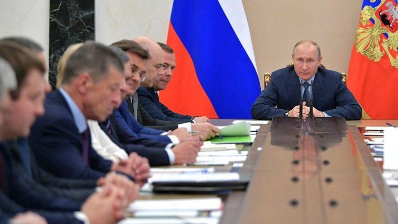Бизнес желает драть с народа не две, а три шкуры. Путин: помилосердствуйте!