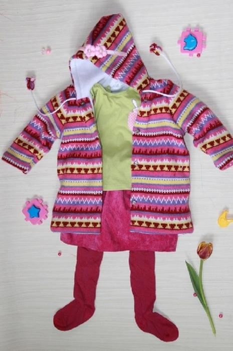 Детское пальто из маминого свитера