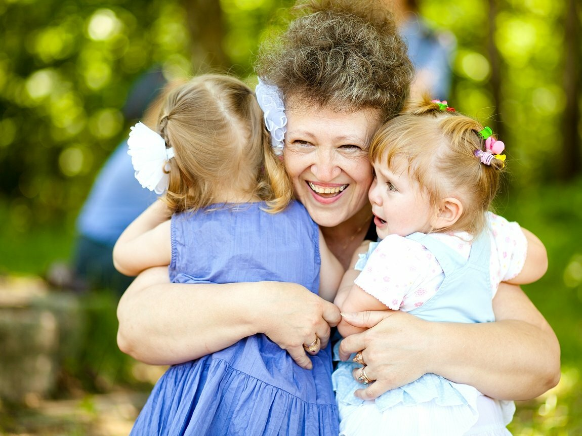 Чему не может научить идеальная бабушка, а ребенку нужно: 3 вещи