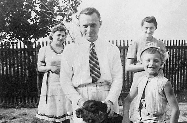 боков петр лещенко фото первой жены чёрного