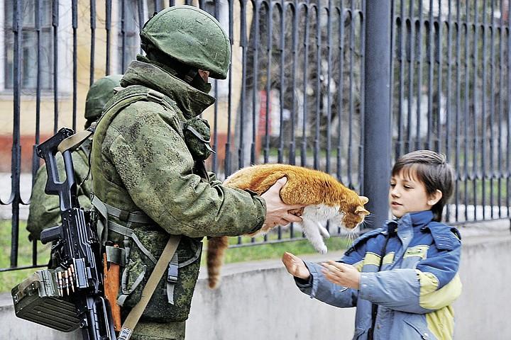Военный эесперт  Виктор Баранец: «Вежливые люди» не допустили майдана в Крыму