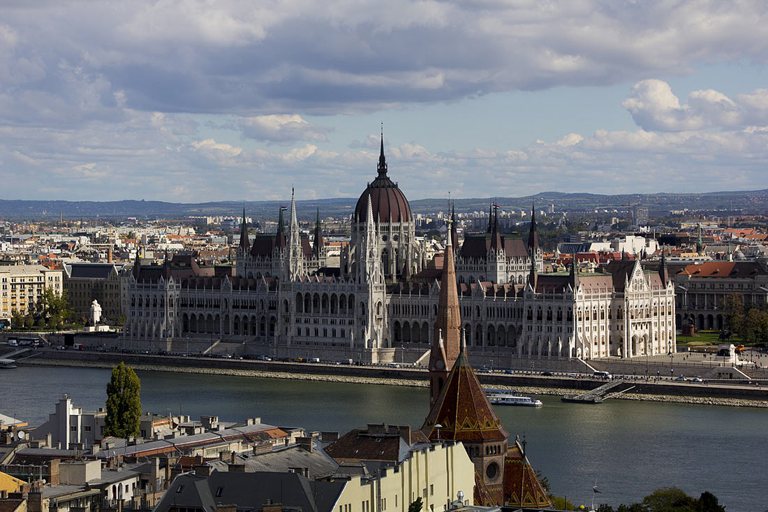 Интересные факты о Венгрии, которых вы не знали Венгрии, более, стране, населения, метро, венгры, когда, страны, другие, насчитывает, верить, живут, Будапеште, Олимпийских, миллиона, термальных, источников, Венгрия, блюдо, появился