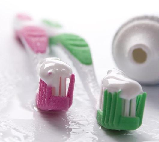 Зубная паста своими руками: как сделать, натуральная и из соды