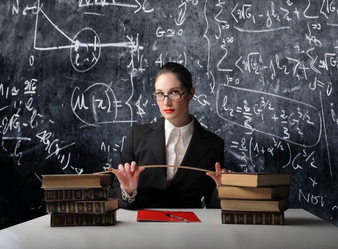 7. Учительница старших классов женщина, мужчина, отношение