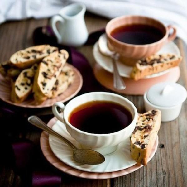 Чаепитие на даче: печём бискотти